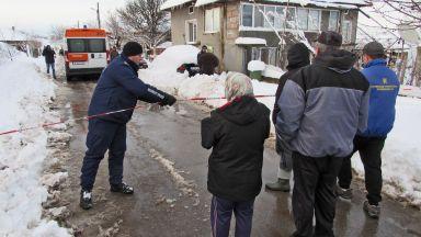 Дете почина при обгазяване вкъщи, родителите и сестричката му са в кома