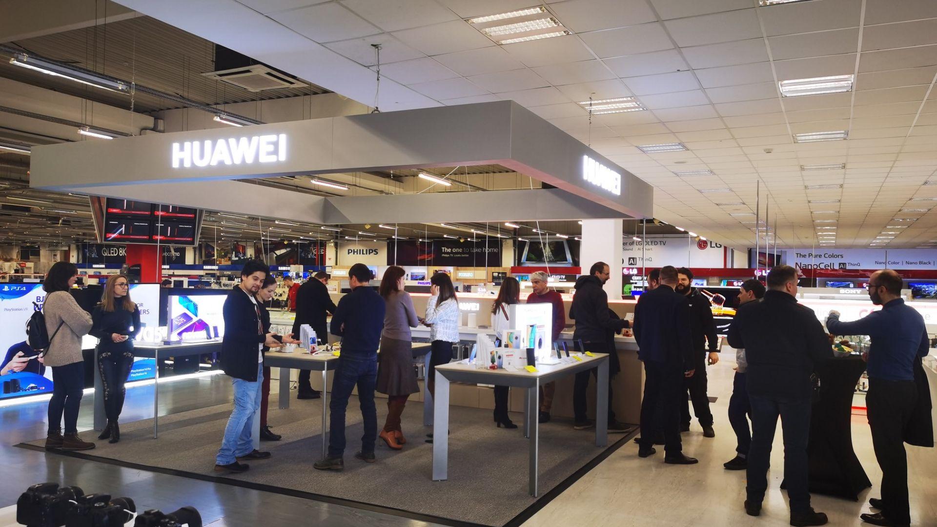 Huawei с ръст на приходите въпреки кризата