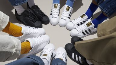adidas Originals дава старт на Change Is a Team Sport