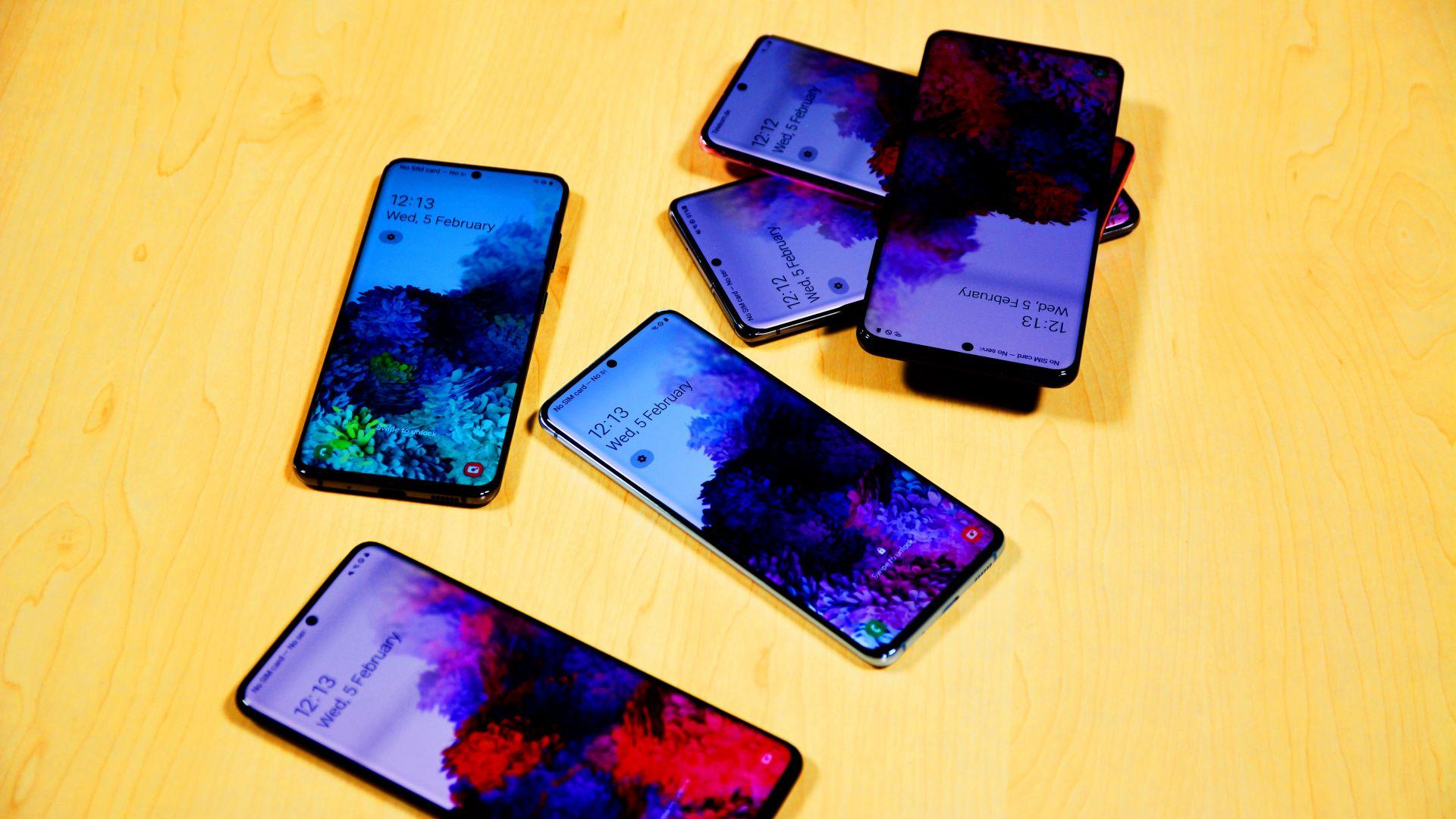 Samsung Galaxy S20 Ultra ще е наличен у нас след малко повече от месец