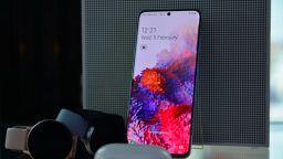 Samsung патентова следващото поколение екрани за смартфони
