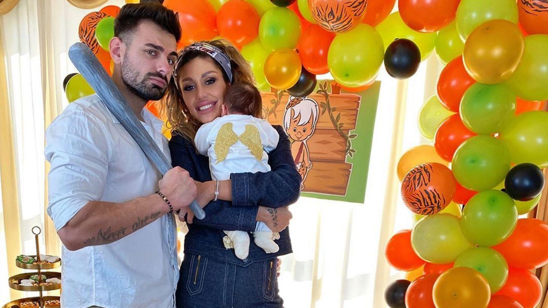 Джулиана Гани направи погача на сина си с тематична торта
