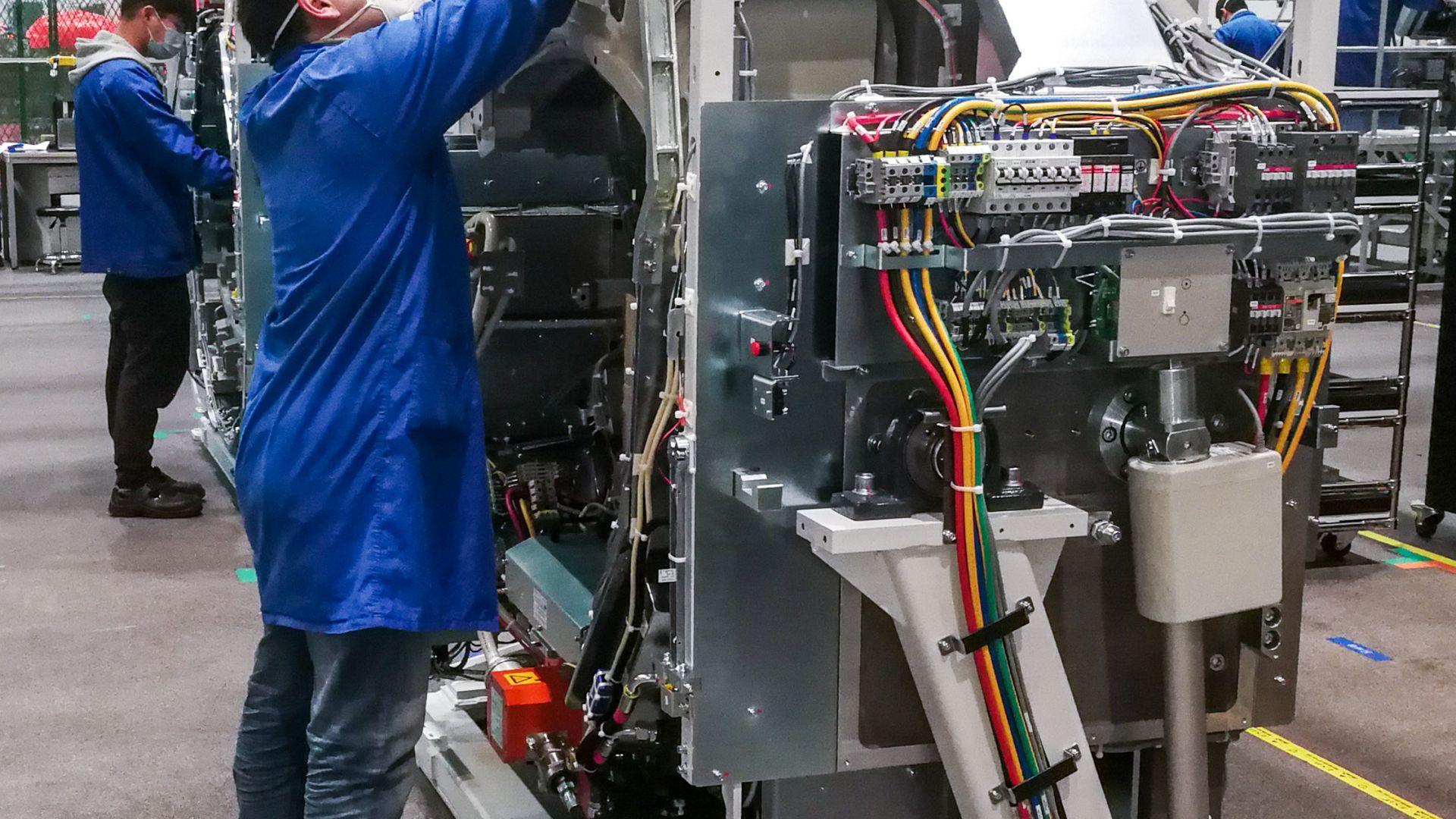 Германска компания отваря отново офиса си след заразяване с новия коронавирус