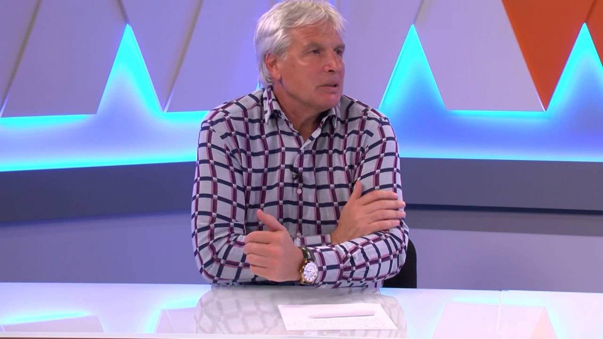 """Колегата Красимир Минев с наградата """"Люпи и Мичмана"""""""