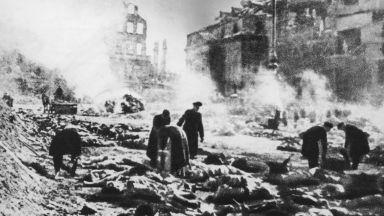 """Операция """"Гръмотевица"""": Когато Дрезден бе пометен от огнена буря (снимки+видео)"""