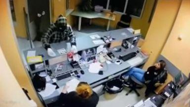 След София въоръжен обир и във Враца, вижте нападението (видео)