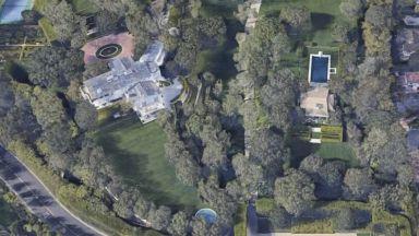 Джеф Безос си купи имение за 165 милиона долара