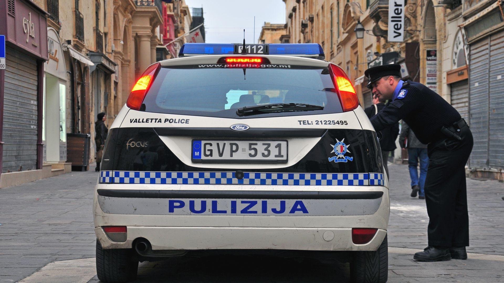Задържаха 37 от всички 50 пътни полицаи в Малта