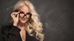 Учителките най-силно разпалват сексуалните фантазии на мъжете
