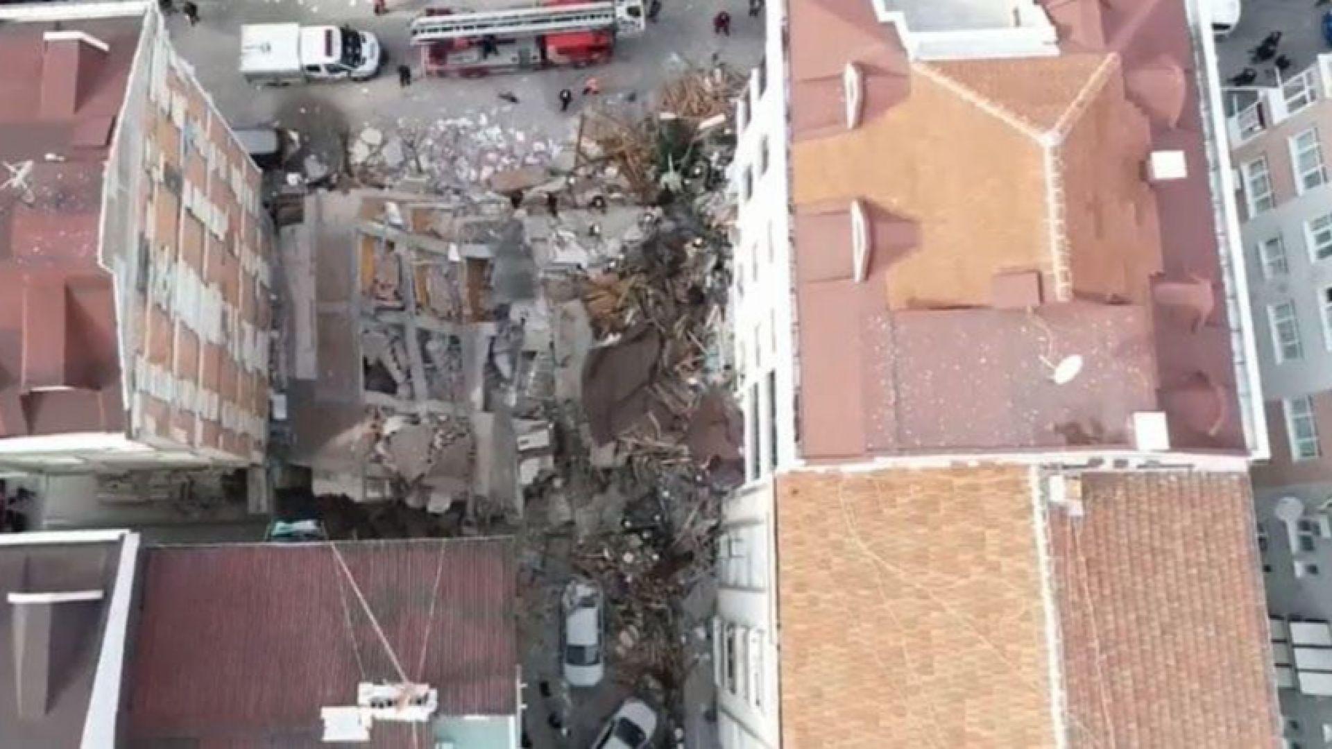 Седеметажна сграда се срути в Истанбул /видео/