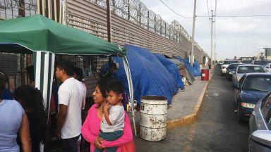 200 км стена вече е построена на границата на САЩ с Мексико