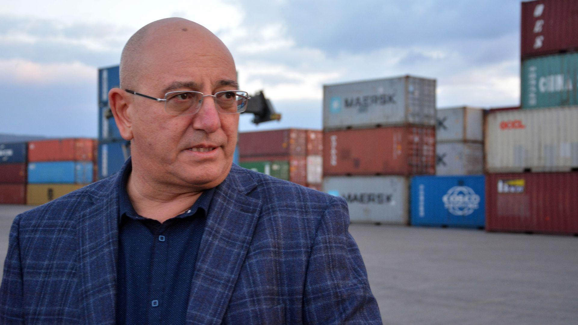 Министърът на околната среда и водите Емил Димитров посети мястото