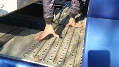 Откриха 15 мигранти в тайник на хладилен камион на ГКПП Видин