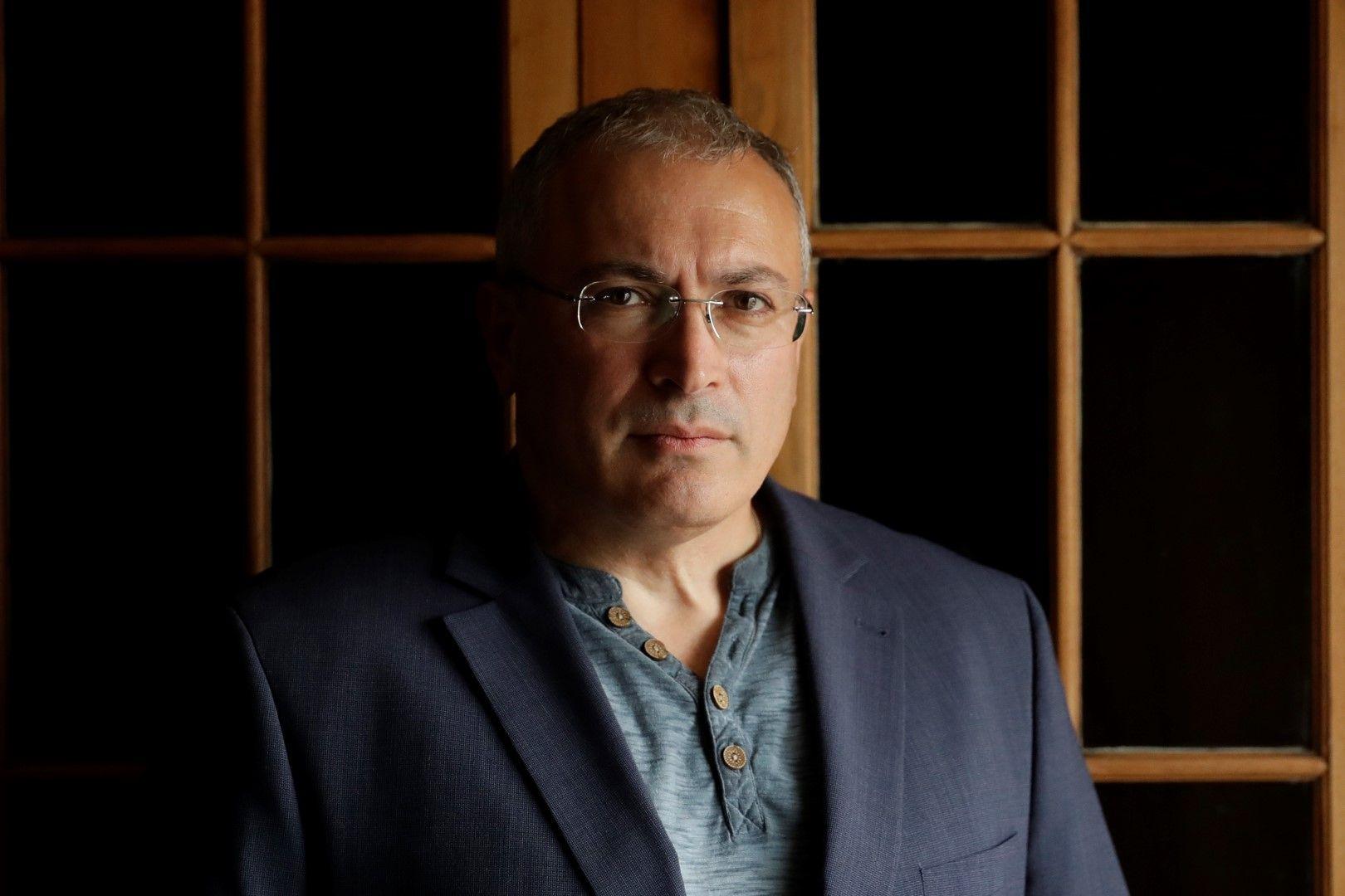 """Михаил Ходорковски - бивш собственик на """"Юкос"""", дава интервю за Асошиейтед прес в Лондон, в деня, в който излезе съдебното решение, 18 февруари"""