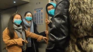 """Какъв урок дадоха белгийци, пътуващи в метрото със """"заразени китайци"""" (видео)"""