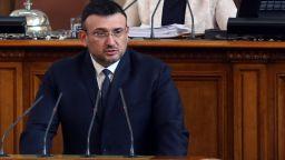 Младен Маринов отчете още 7 задържани от протеста и нито дума за полицейско насилие