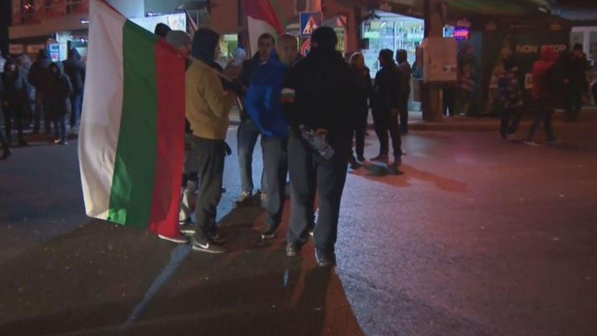 Жителите на Нови Искър блокираха Околовръстното на София