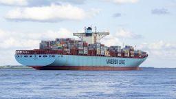 Коронавирусът порази икономически най-голямата компания за морски превози