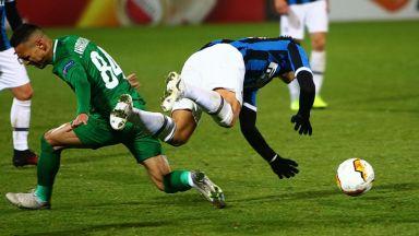 Интер - Лудогорец 2:1, вратарска грешка и куриозен гол зарадваха италианците (на живо)
