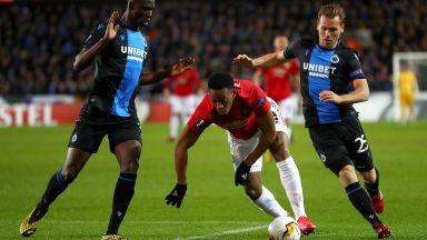 Нелеп гол спря Юнайтед в Белгия