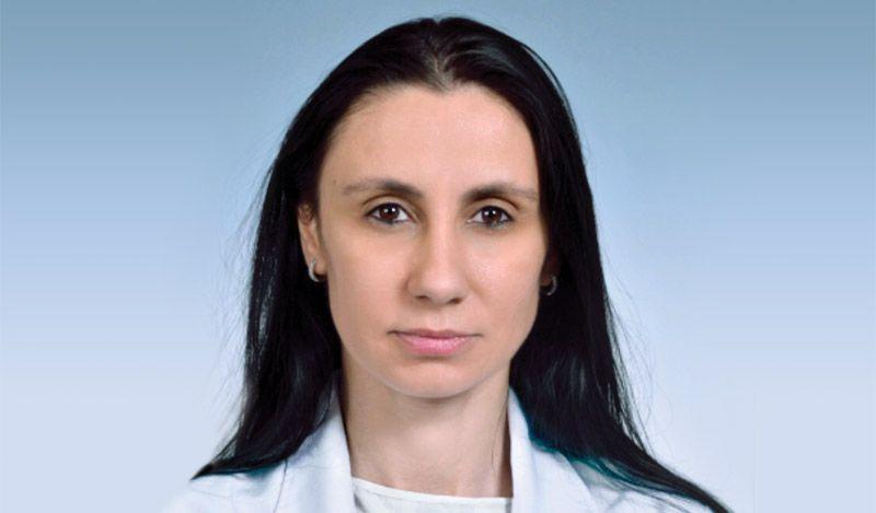 "Д-р Елена Пирнарева, акушер-гинеколог в Родилна клиника към УАГБ ""Майчин дом"", София"