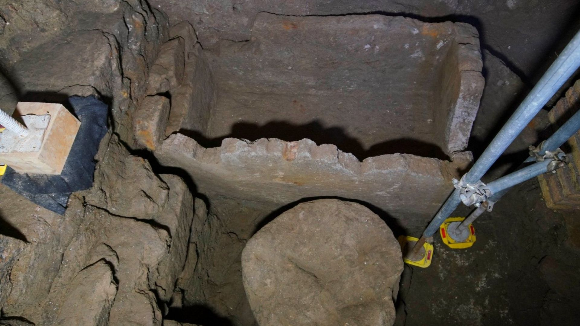 Представиха удивително откритие от древен Рим: открития саркофаг, посветен на Ромул