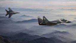 """Пилотажната група """"Стрижи"""" минава на новите МиГ-35"""