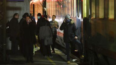 """""""Вирусна парализа"""" в Италия: 11 града са под карантина, спряха влакове към Австрия"""