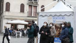 Родители изтеглят децата си студенти в Италия
