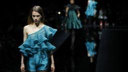 Заради коронавируса: Джорджо Армани закри Седмицата на модата с дефиле в празна зала