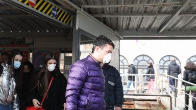 Четвърти починал заради коронавируса в Италия,  витае страх от глобална пандемия
