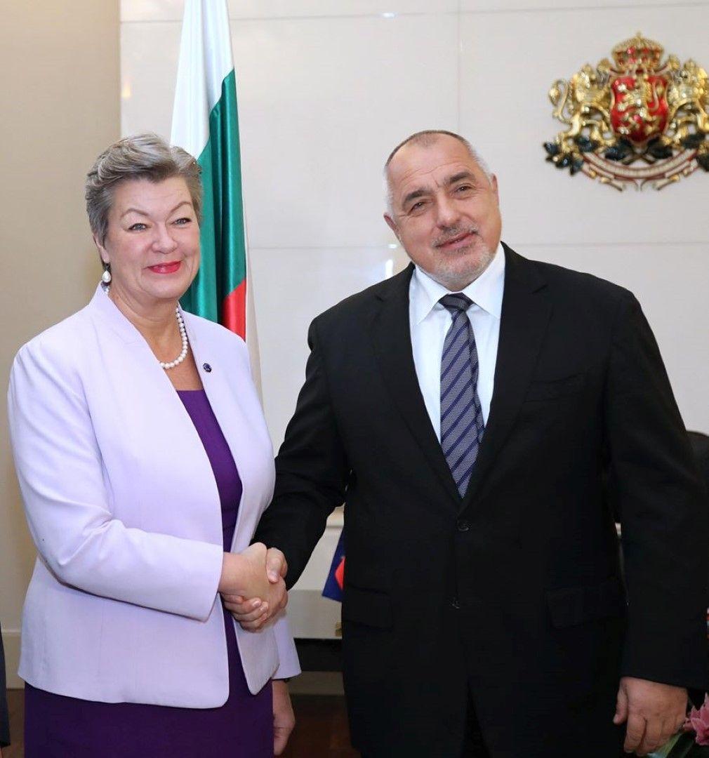 Бойко Борисов е похвалил европейския комисар по вътрешни работи Илва Йохансон, че е решила да посети държавите членки и да се запознае с техните нагласи по новия Пакт по миграция и убежище