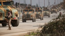 Руската армия бомбардира 18 селища в Идлиб