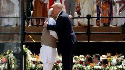 Тръмп: Америка обича Индия и ще й достави най-великите оръжия на света
