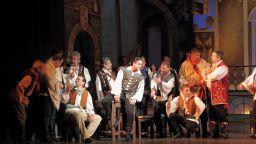 """Ученик на Гюзелев дебютира в """"Цигански барон"""" в Музикалния театър"""