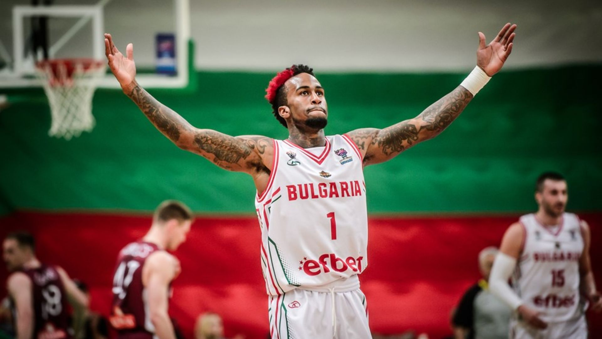 Епичен далечен кош за епична победа на България над Латвия