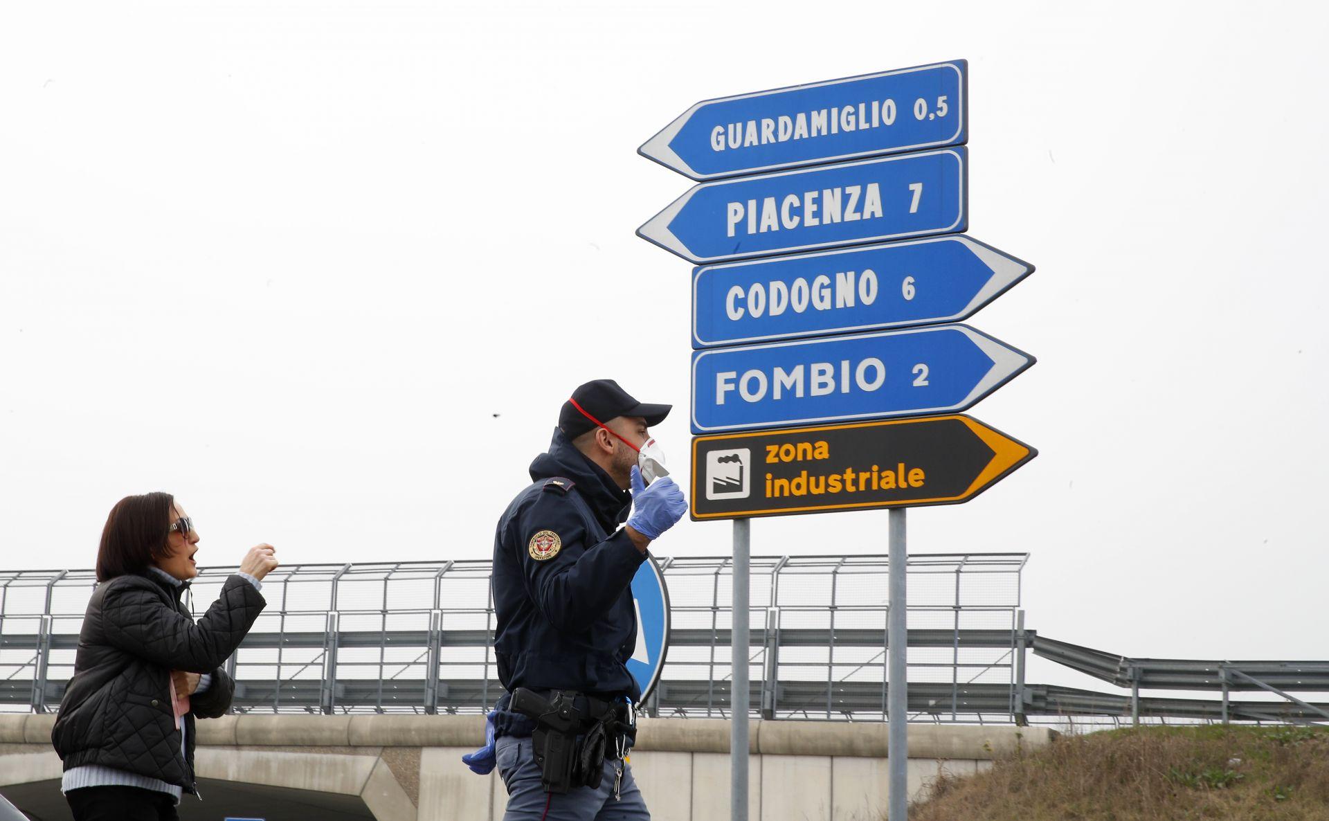 Полицията контролира контролно-пропускателните пунктове около карантинните градове в северната част на Италия