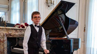 11-годишният Константин Башиков ще свири през април в Парижката филхармония
