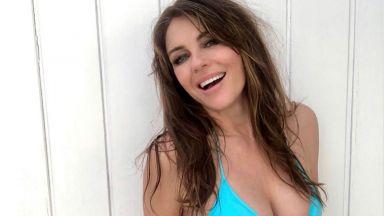 Прекрасната Елизабет Хърли по бански на слънчевите Малдиви