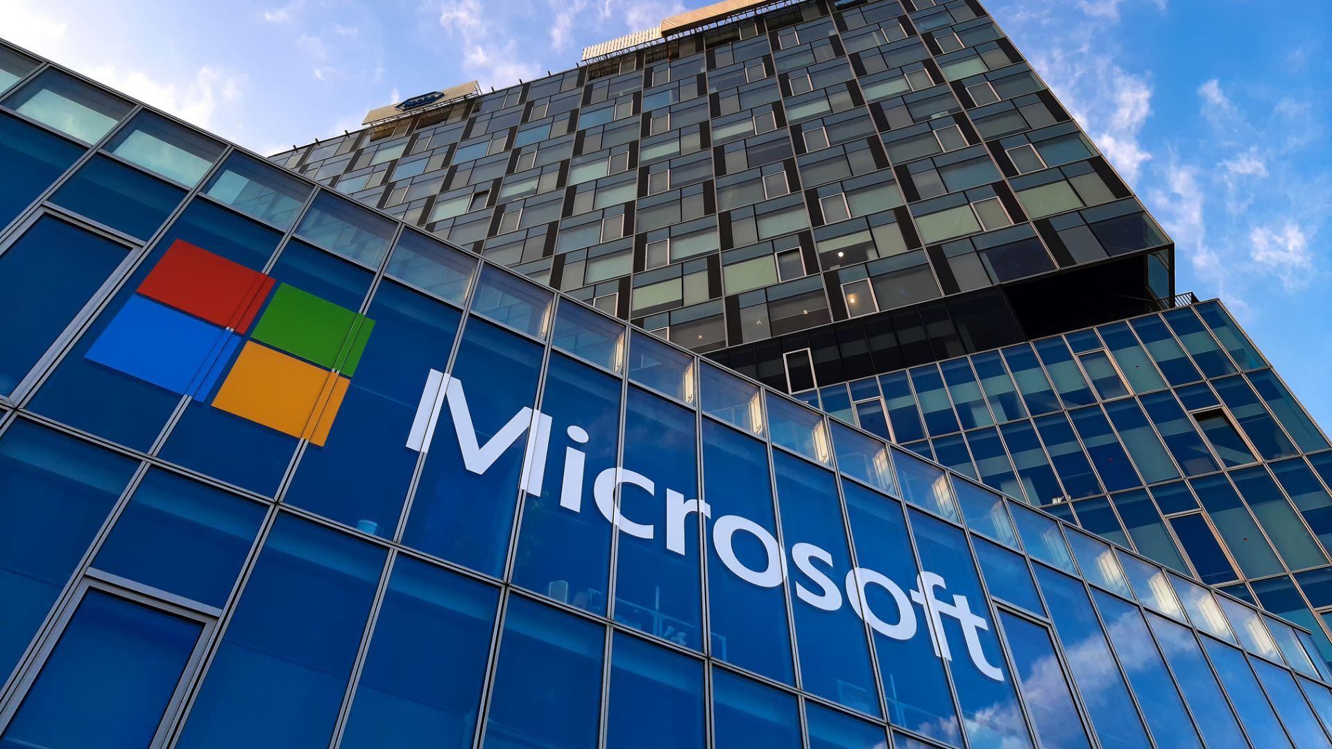 Microsoft с безплатна оферта към Кремъл
