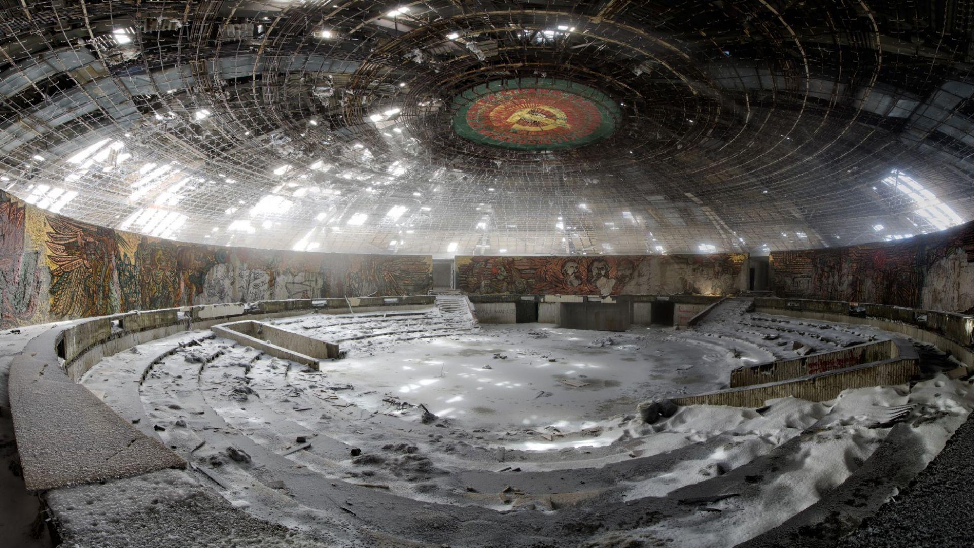 """Започна стабилизирането на мозайките на паметника """"Бузлуджа"""""""
