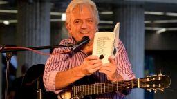 Поетът Ивайло Диманов изпя най-добрата си стихосбирка