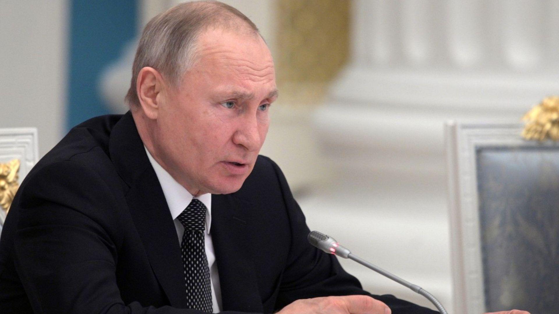 Коронавирусът удря всички държави и това вече се усеща, заяви Путин