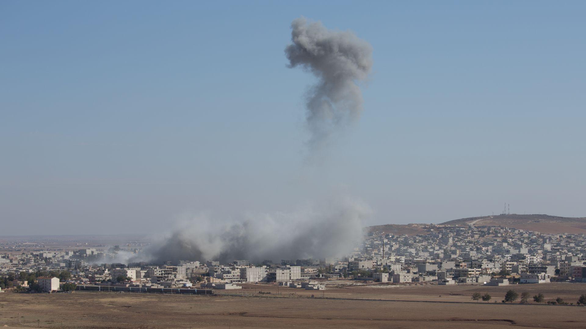 Сирия отрази мощно израелско въздушно нападение в Алепо