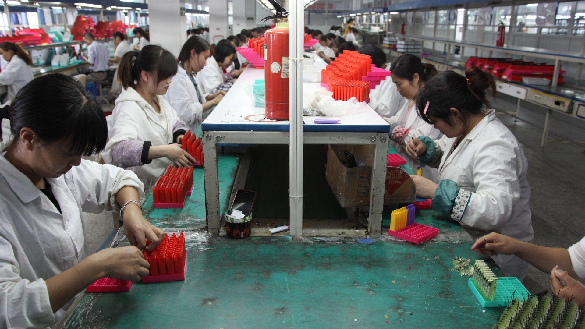 Китайският износ е скочил с 9,5 на сто през август