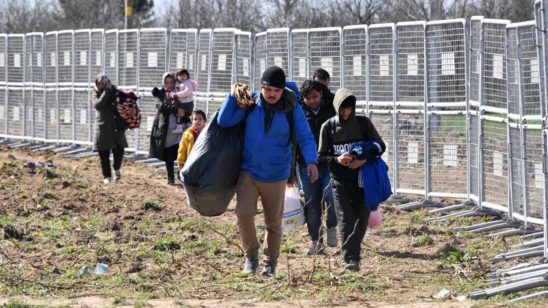 ЕК с нов Пакт за убежището: 2/3 от мигрантите нямат право на престой