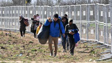 ЕК: 2/3 от мигрантите, пристигащи в ЕС, нямат право на престой