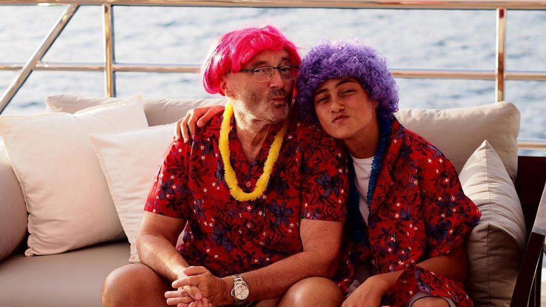 Фил Колинс със сина си Николас