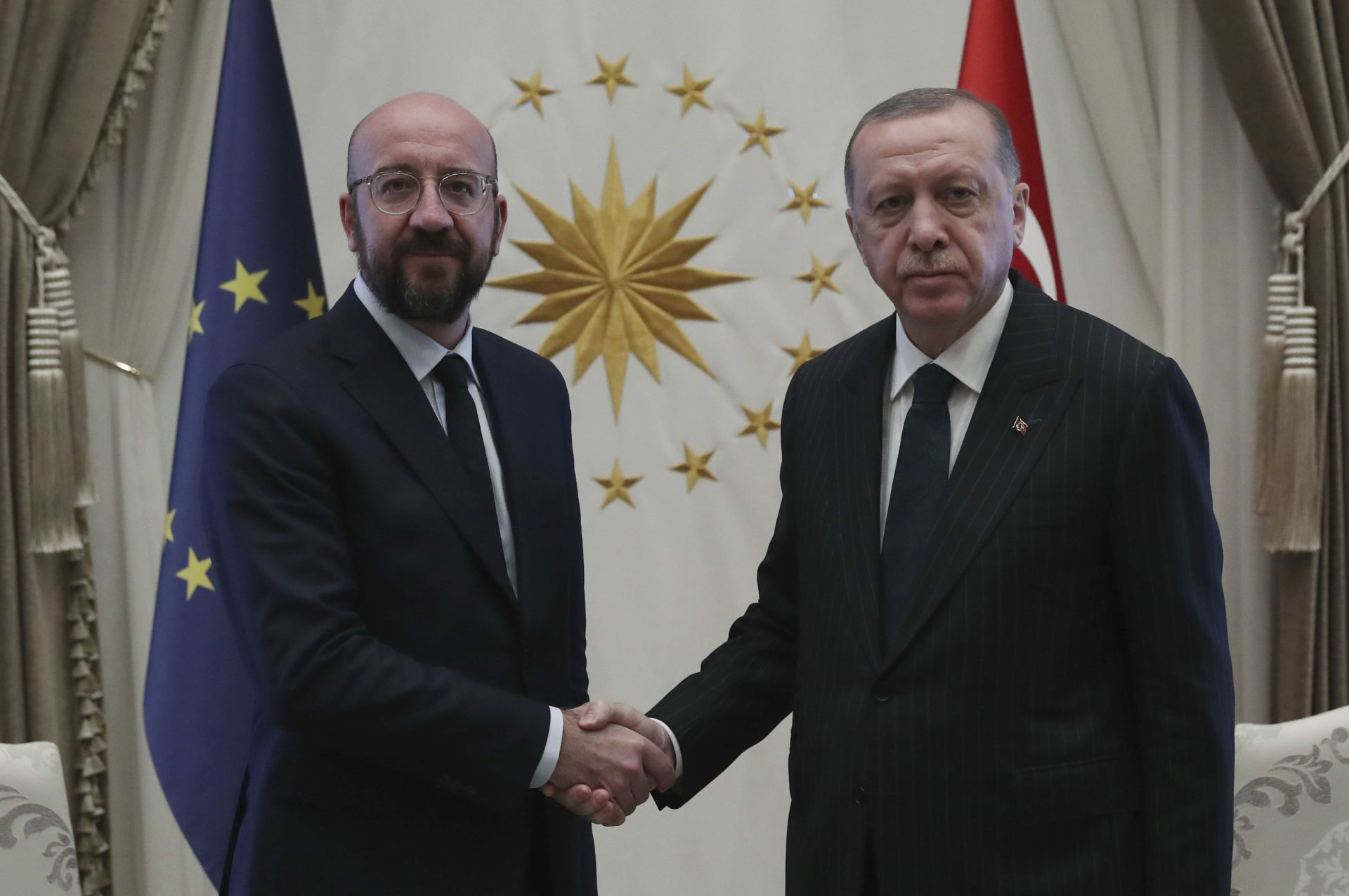 Шарл Мишел разговаря с Реджеп Ердоган в Анкара