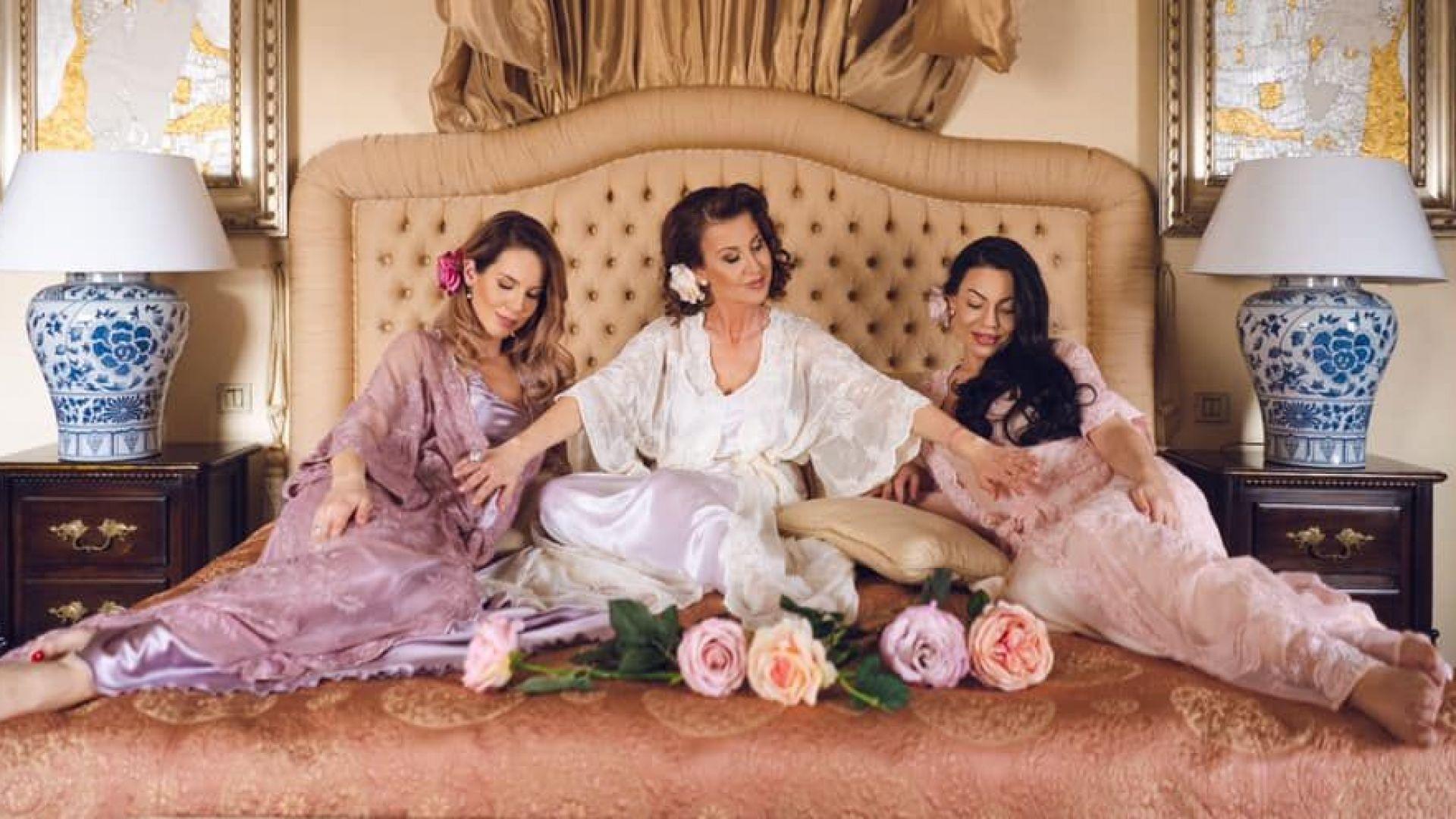 Илиана Раева в очакване с двете си бременни дъщери